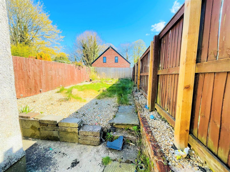 Rhandir Terrace, Llangennech, Llanelli, SA14 8TY